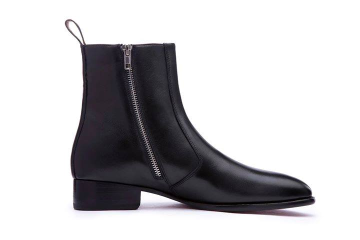 Leather Zipped Black Chelsea Boots