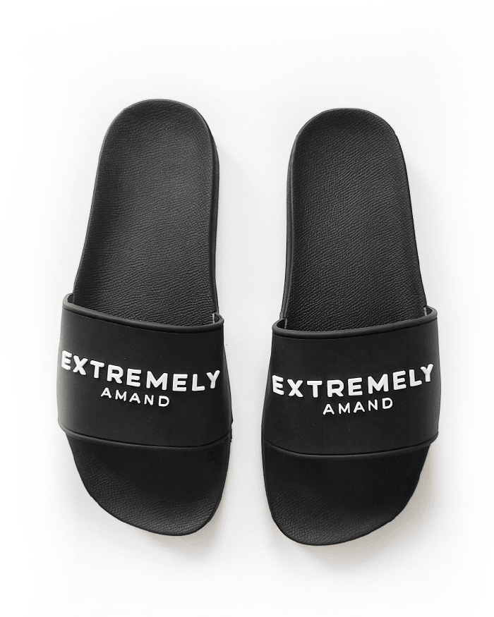 Amand Black Slippers Extremely