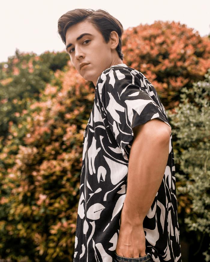 Random Parttern Short Sleeve Shirt