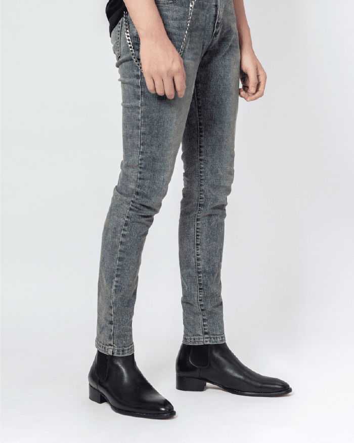 Essential Faded Jeans