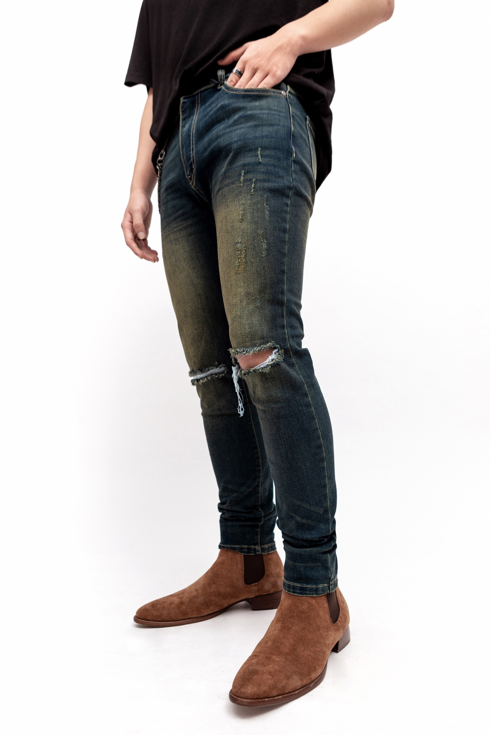 Fade Distressed Jeans
