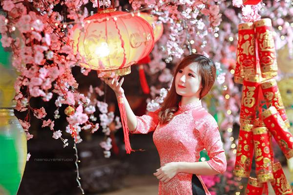 Địa chỉ chụp ảnh tết, chụp hình hoa đào uy tín giá rẻ nhất tại Hà Nội