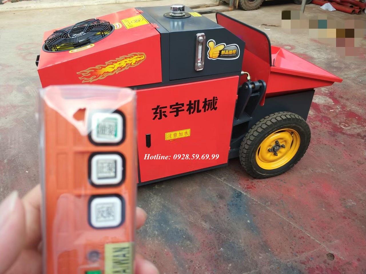Bơm bê tông mini 10m3/h HBT-10