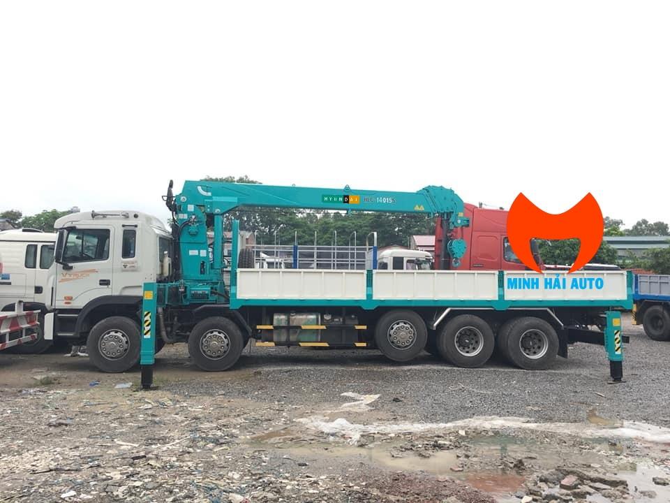 cẩu tự hành 14 tấn Hyundai Everdigm