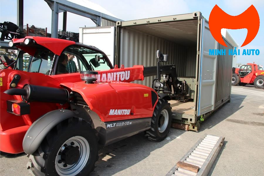 Xe nâng rút container Manitou