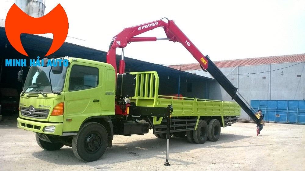Bán xe tải cẩu gấp khúc robot 5 tấn