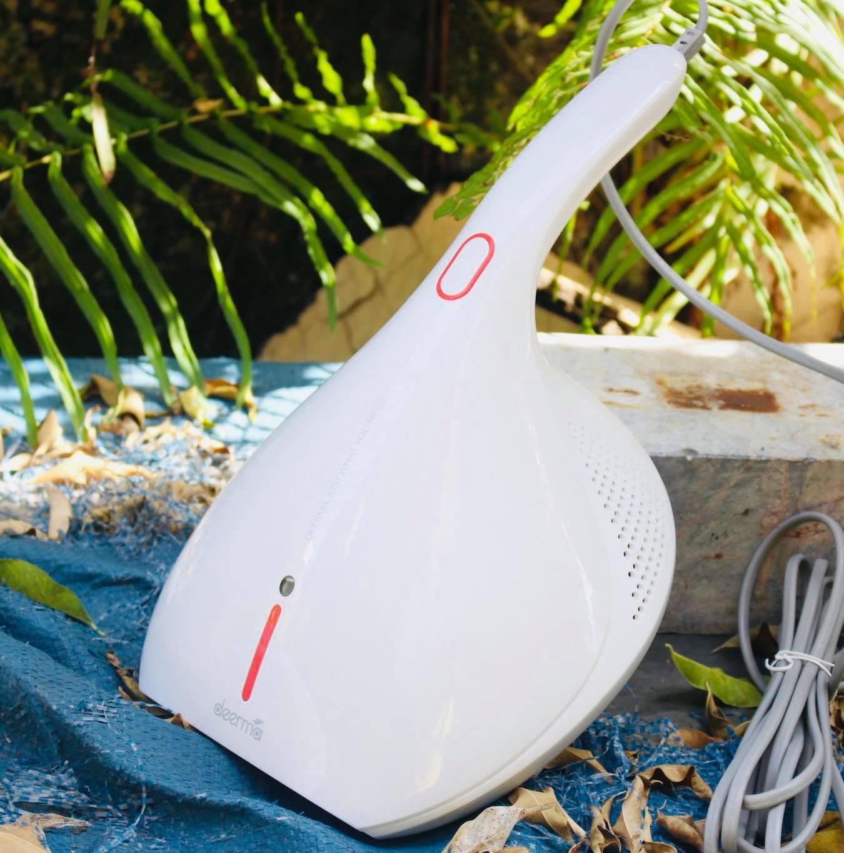 (Bản Quốc Tế) Máy Hút Bụi Khử Khuẩn & Vệ Sinh Giường Nệm Cầm Tay Deerma DEM-CM800/ Trắng (White)