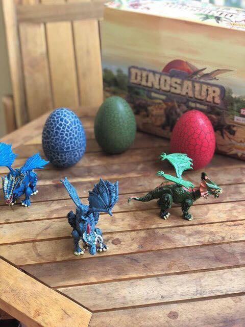 Bộ đồ chơi trứng khủng long
