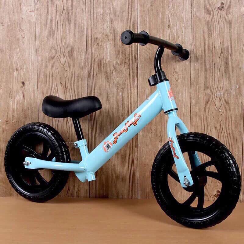 Xe đạp thăng bằng Domoer