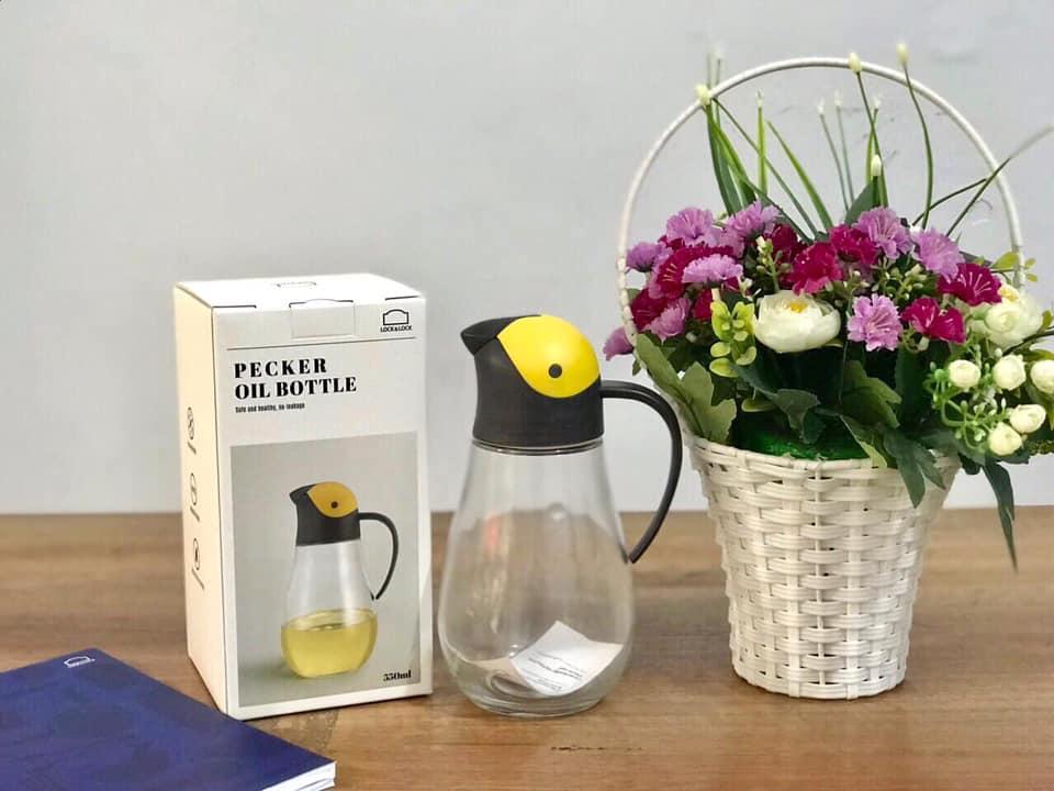Bình Đựng Dầu Với Nắp Mở Tự Động Pecker Oil Bottle Lock&Lock CKO201 (550ml)