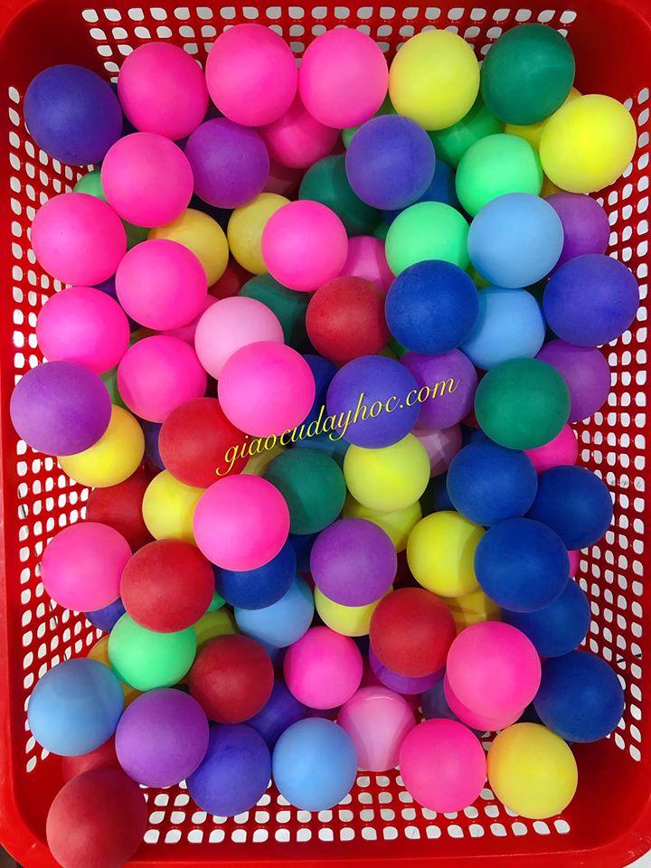 Banh Bong Nhiều Màu