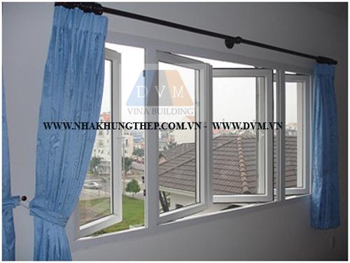 Cửa sổ mở quay cửa nhựa lõi thép