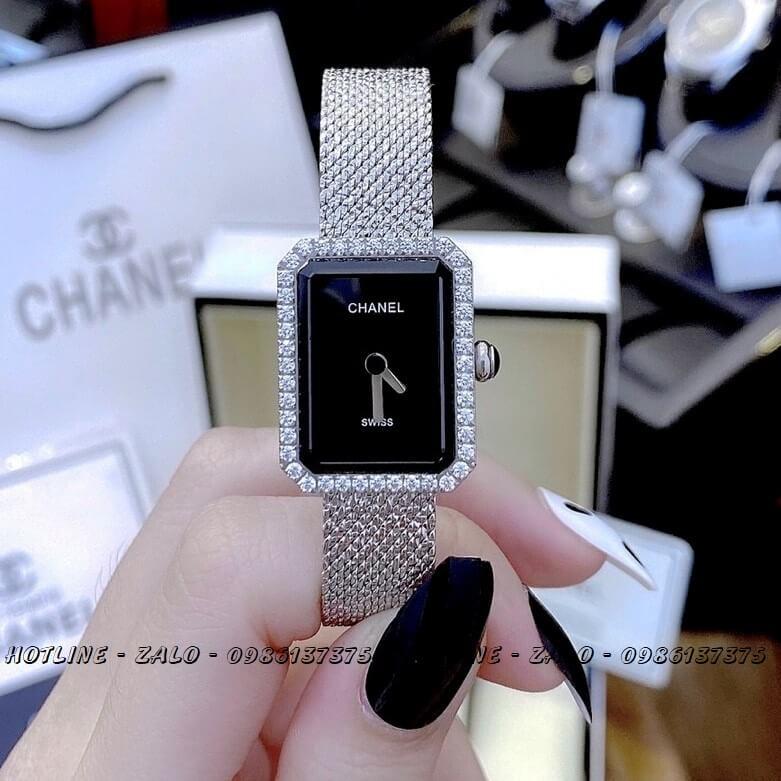 Đồng Hồ Nữ Chanel Boy Friend Diamond Bạc Mặt Đen 20x28mm
