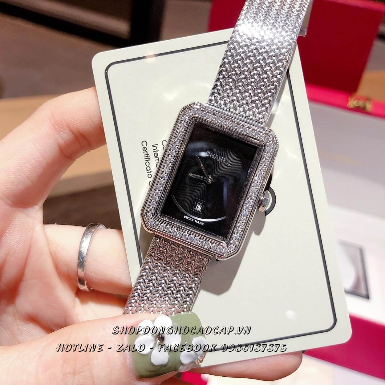 Đồng Hồ Chanel Boy Friend Nữ 25x32mm - Mặt Đen