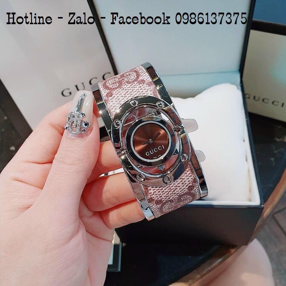 Đồng Hồ Lắc Tay Nữ Gucci Kiềng Bảng To Nâu Hoa Văn Bạc 36mm