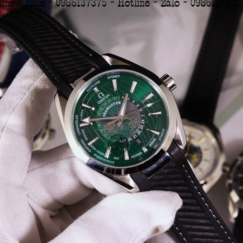 Đồng Hồ Nam OMEGA Automatic Dây Silicon Đen Mặt Green 42mm