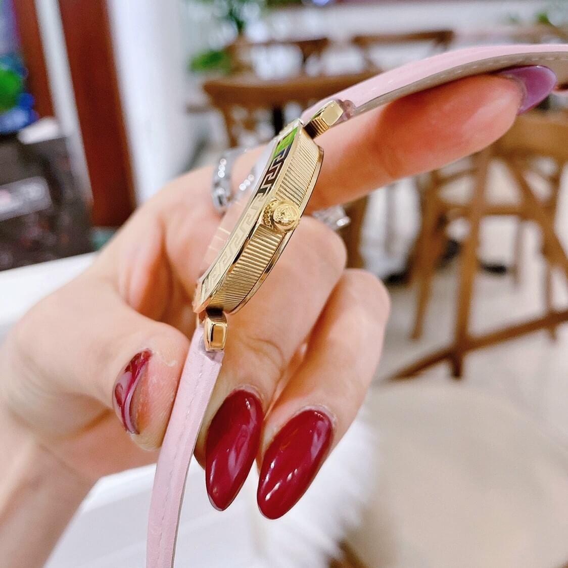 Đồng Hồ Nữ Versace Daphnis Dây Da Hồng Gold 35mm