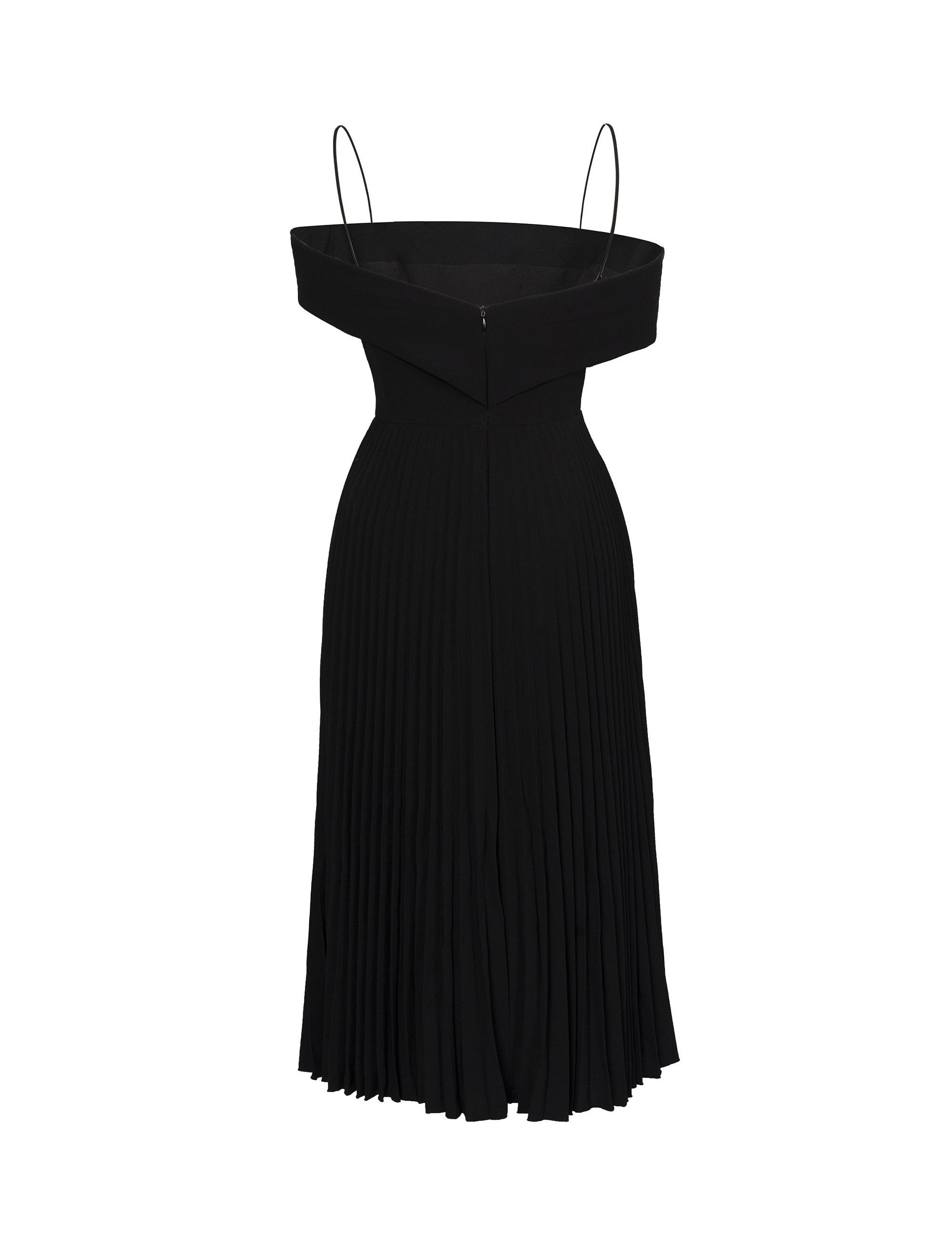 Đầm xoè 2 dây bẹt vai xếp ly #2900