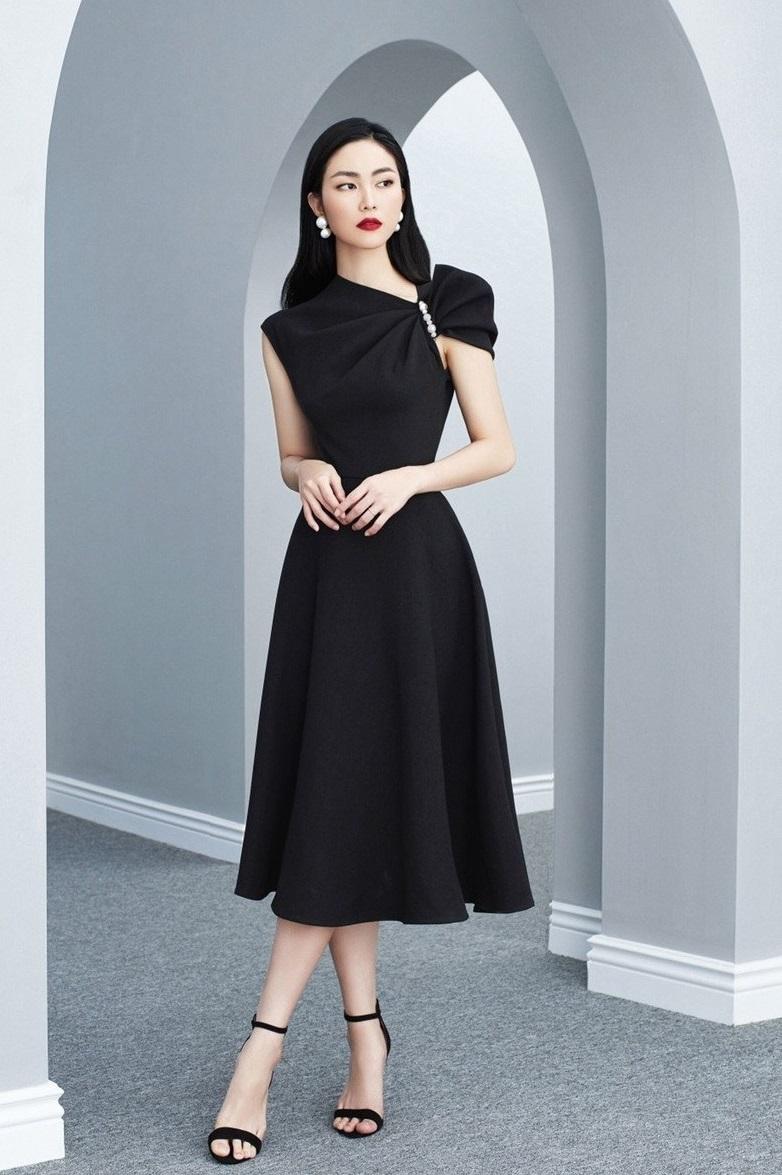 Đầm xòe lệch vai đính ngọc trai #2620