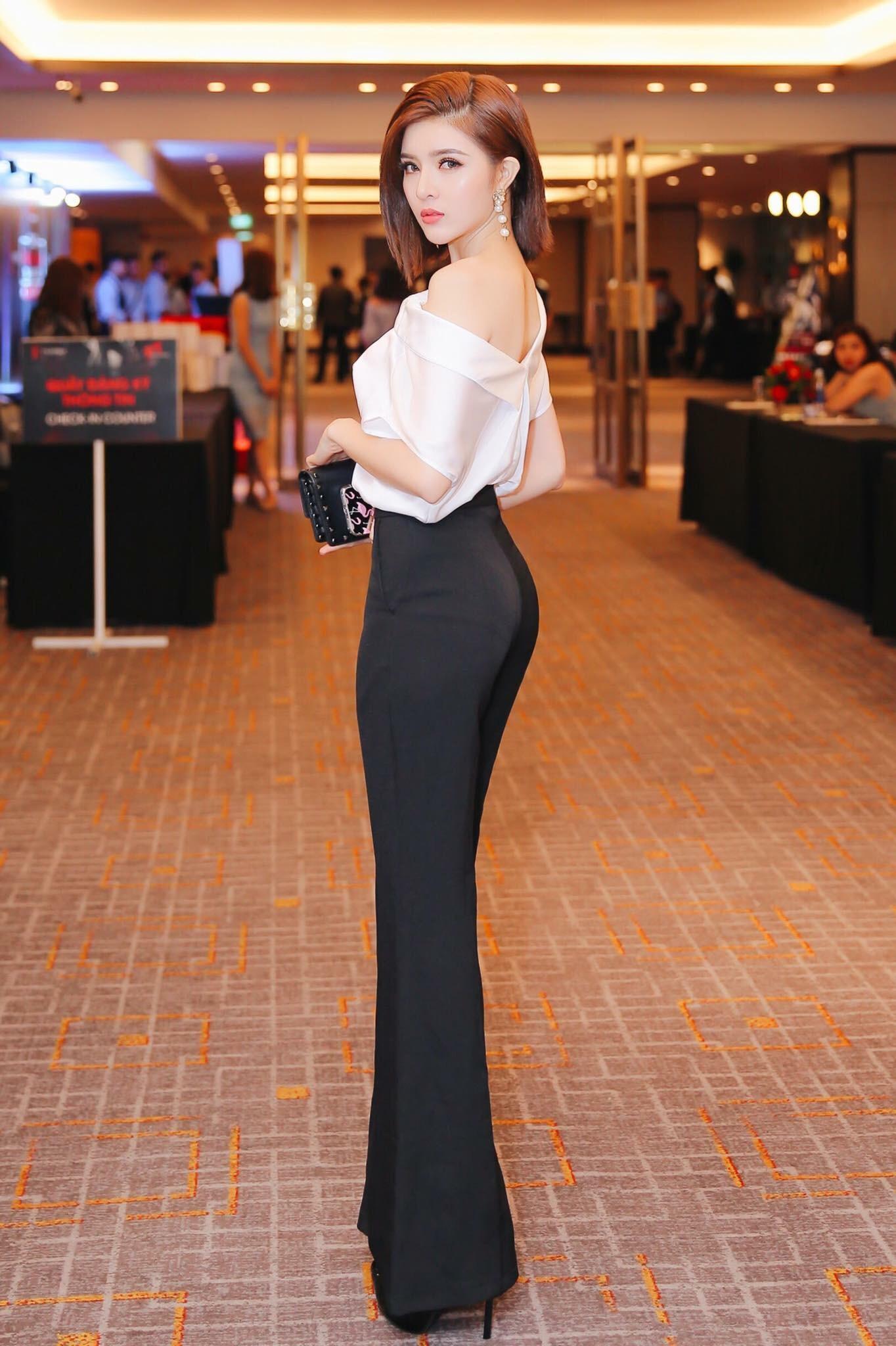 Set áo lệch vai quần loe thiết kế cá tính cao cấp #1666