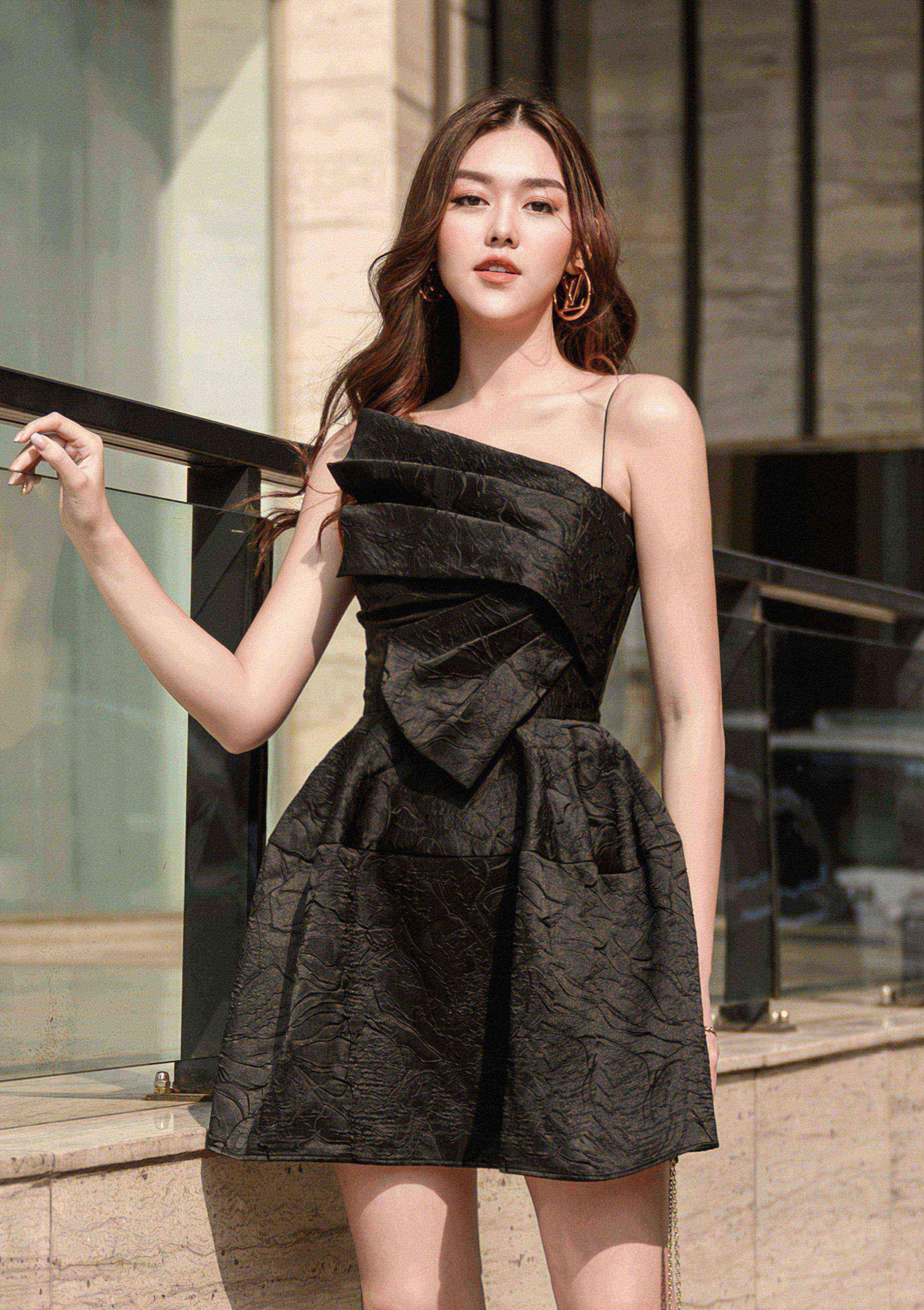 Đầm xoè 2 dây cánh quạt #2611