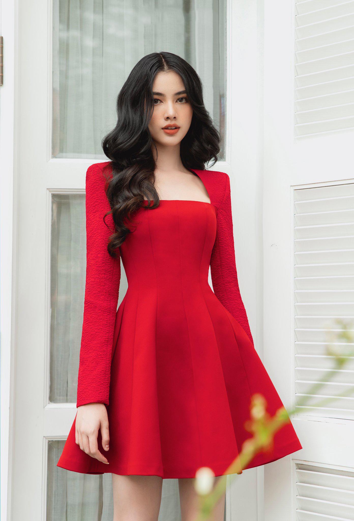 Đầm xoè ngắn tay dài #2890