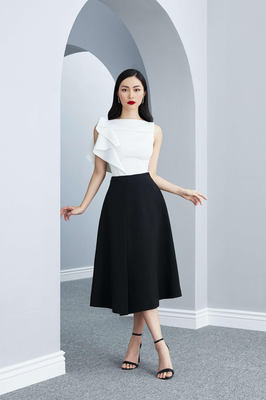 Set áo tay bèo váy đen xòe #2604