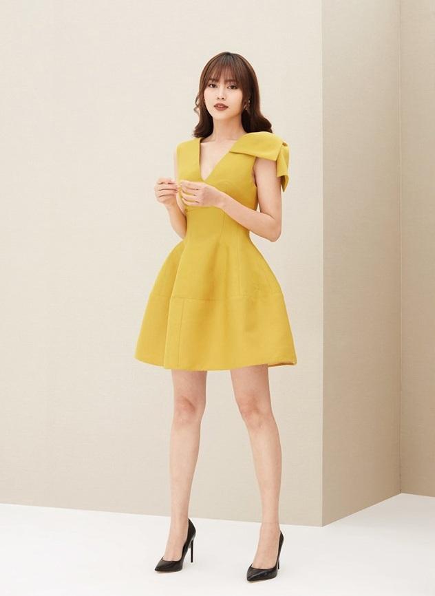 Đầm xòe ngắn cổ V nơ vai  #2483