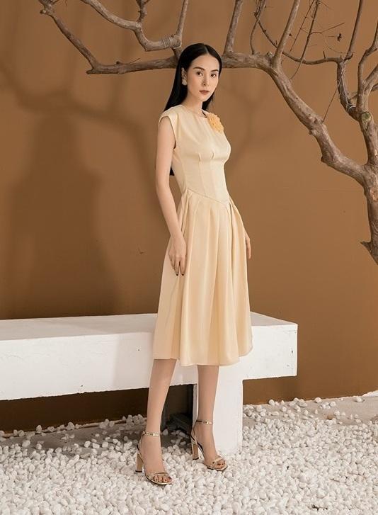 Đầm xòe cổ tròn váy xếp ly #2577