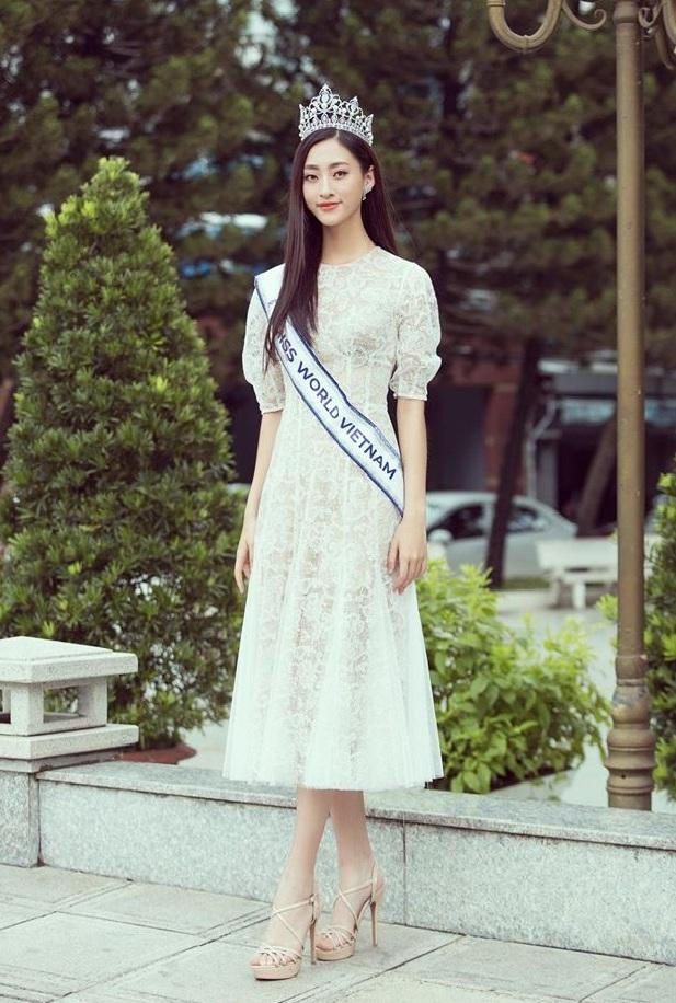 Đầm lệch vai xếp ly trước váy thiết kế quyến rũ cao cấp #2587