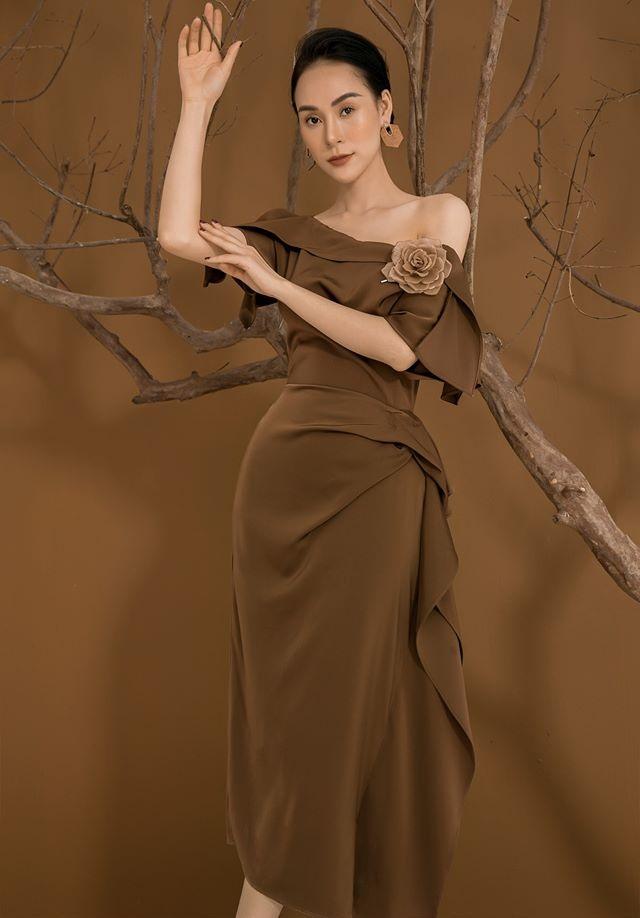 Đầm lệch vai xếp ly trước váy thiết kế quyến rũ cao cấp #2588