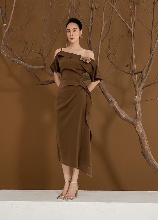 Đầm lệch vai xếp ly trước váy #2588