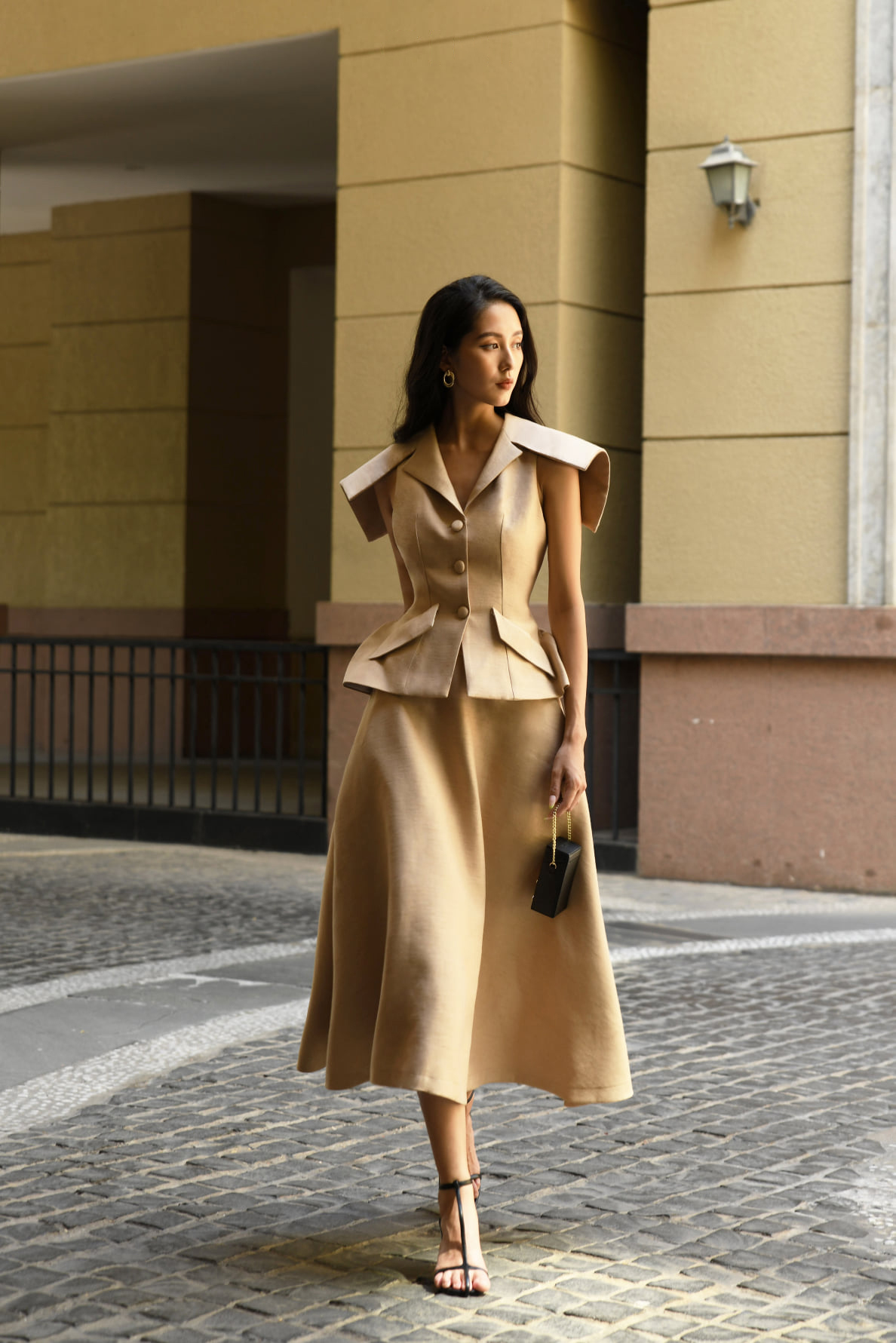 Set Áo vest tay kiểu và Chân váy xoè dài