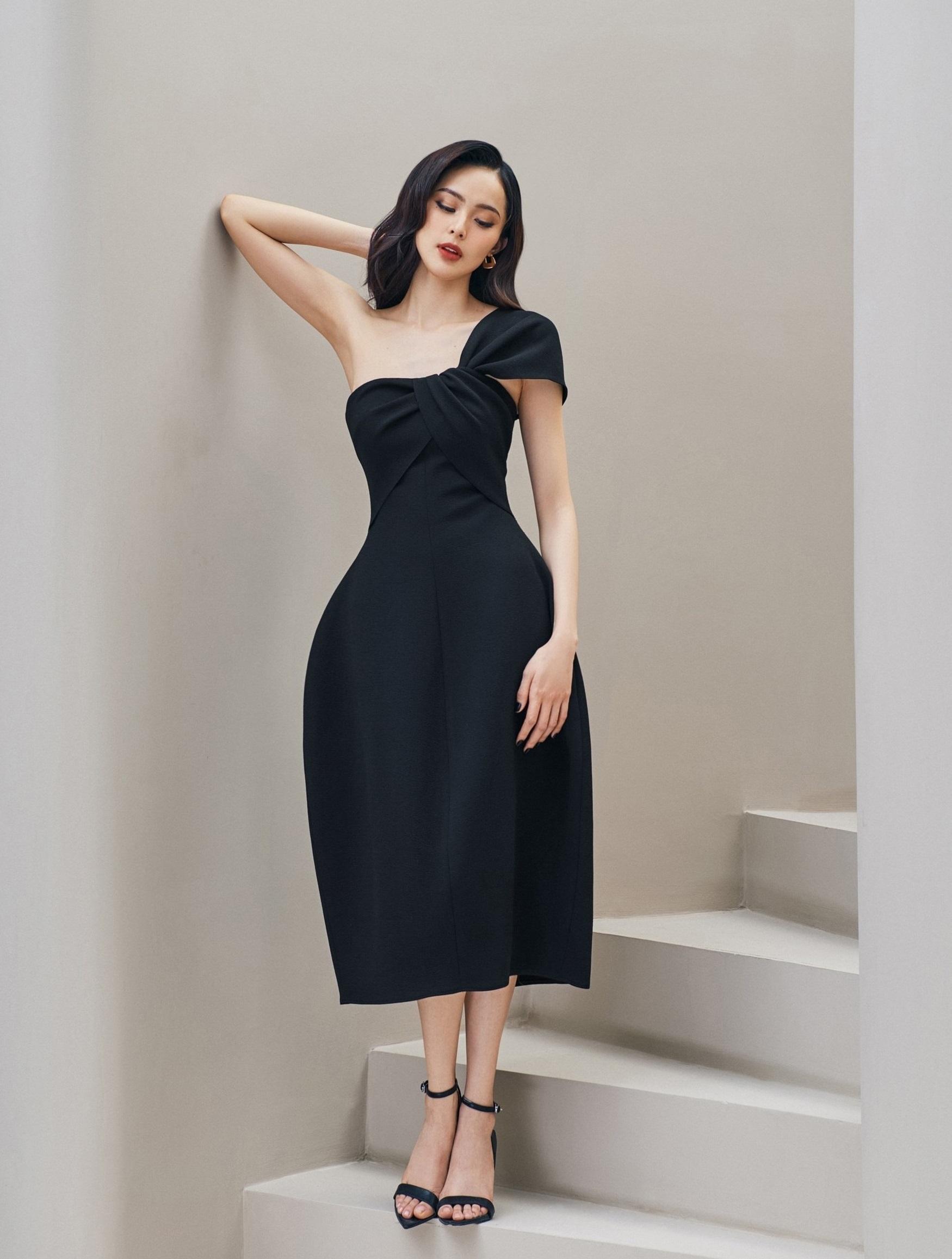 Đầm xòe lệch vai #2955