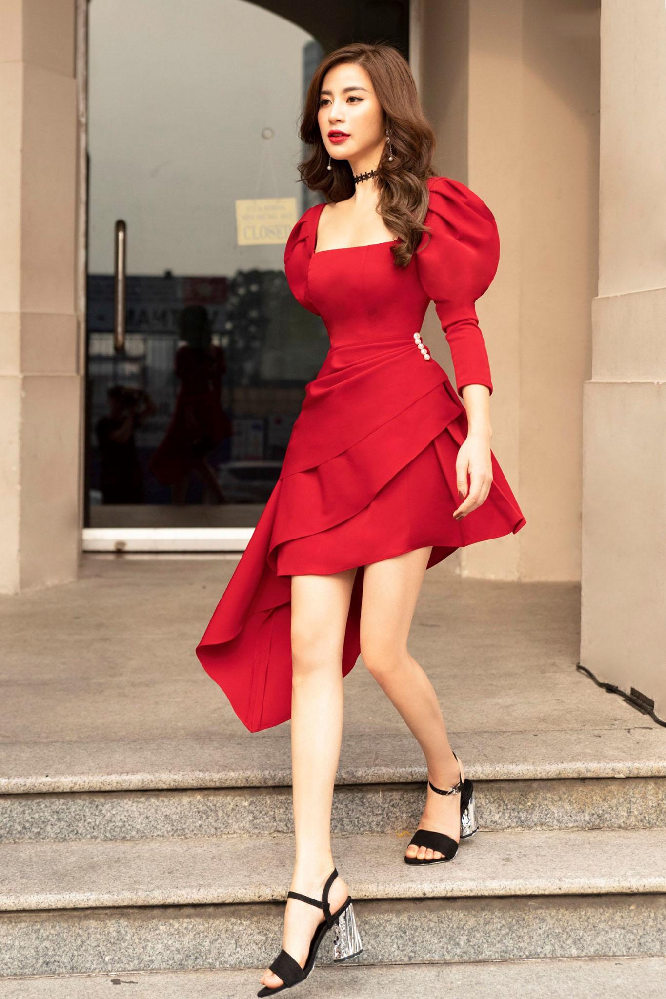 Đầm body cổ vuông tay phồng #2632