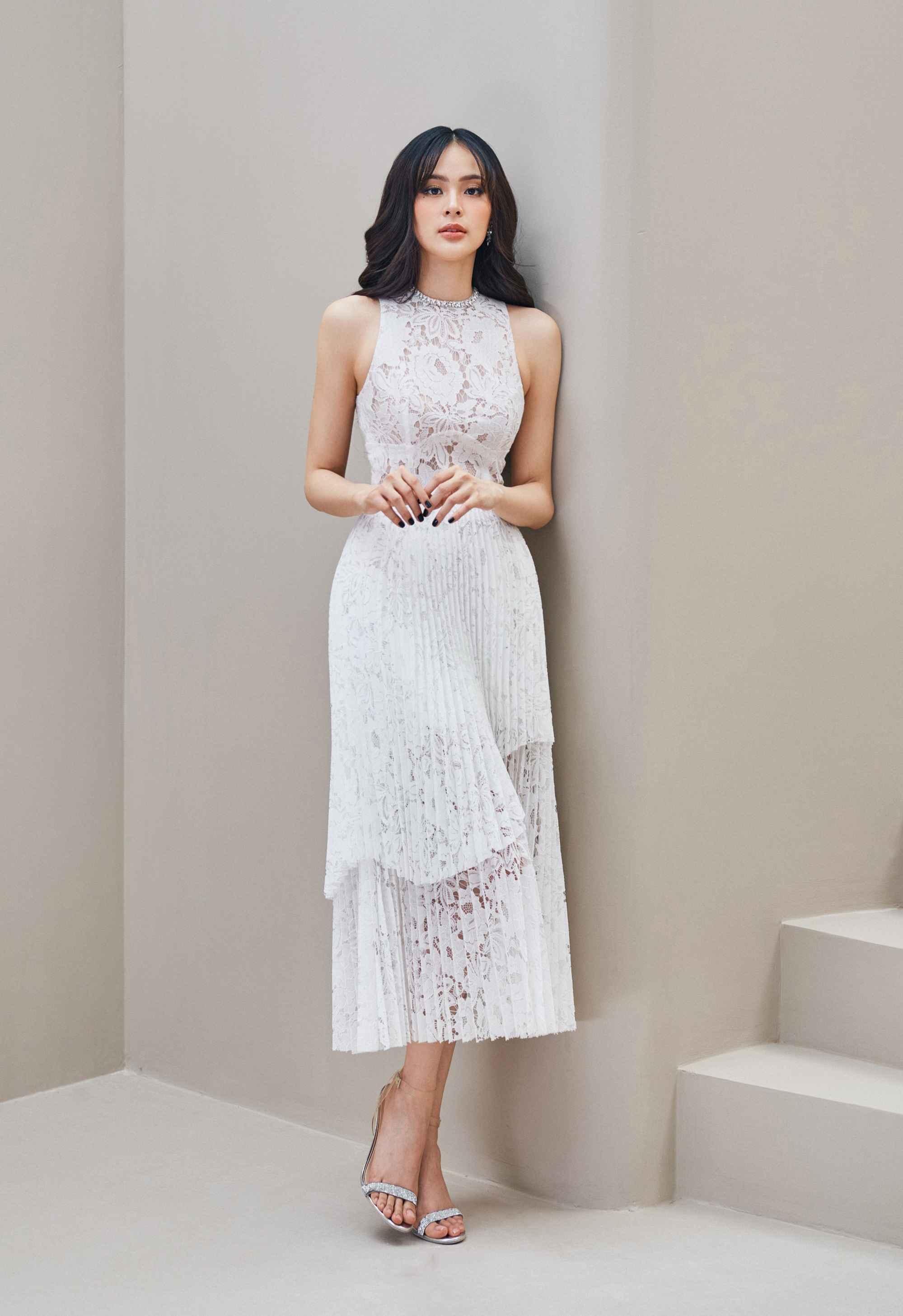 Đầm xoè cổ tròn chân váy xếp ly #2904