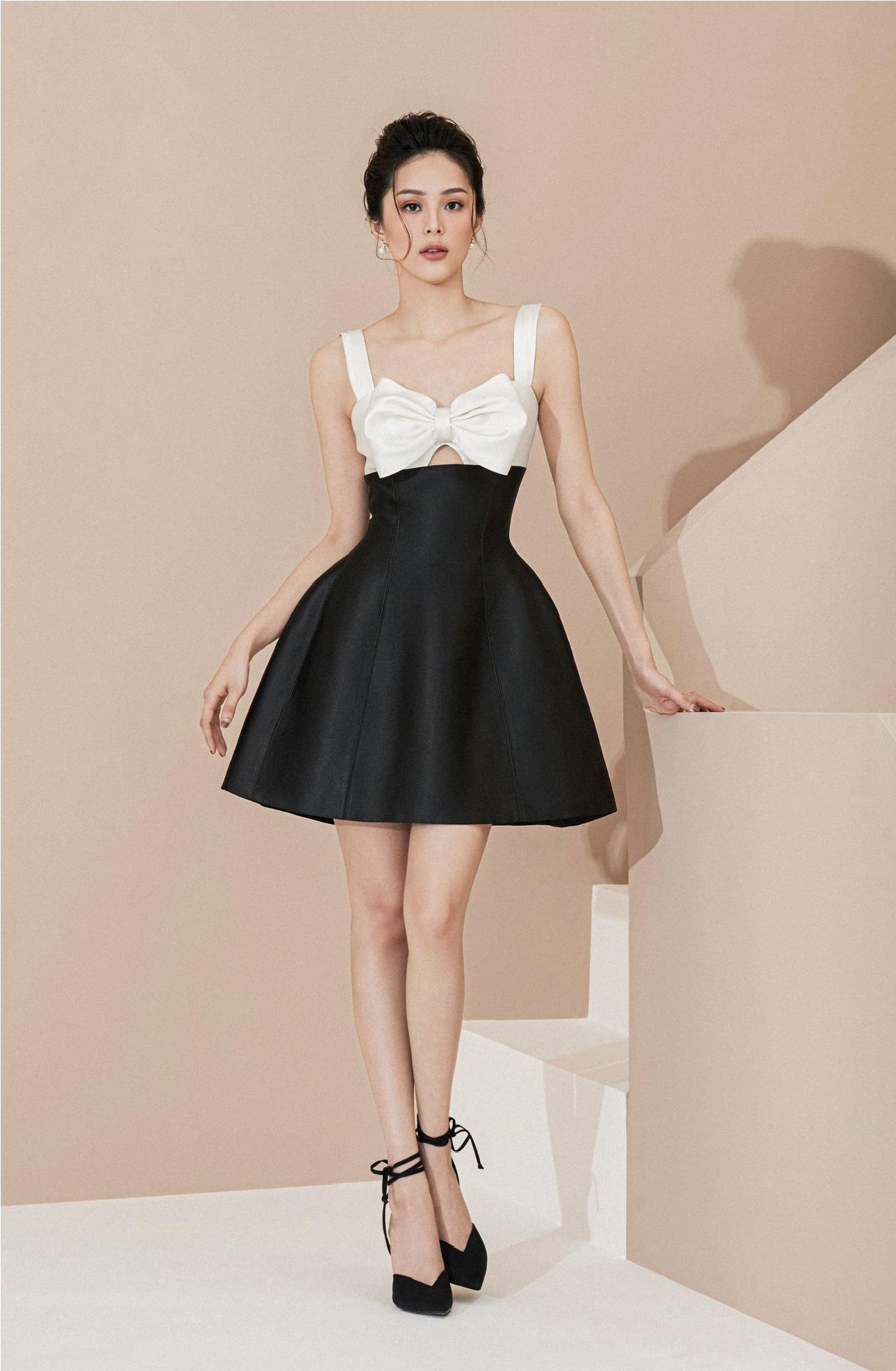 Đầm xoè ngắn 2 dây nơ ngực #2805