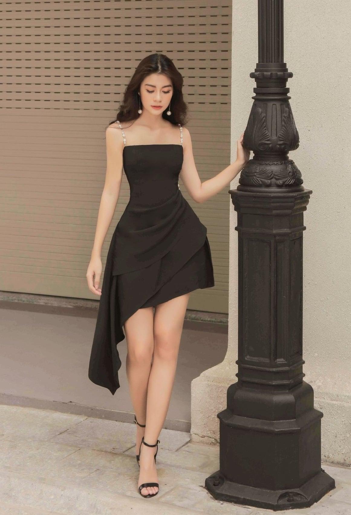 Đầm xòe 2 dây ngọc trai lai váy xéo #2477