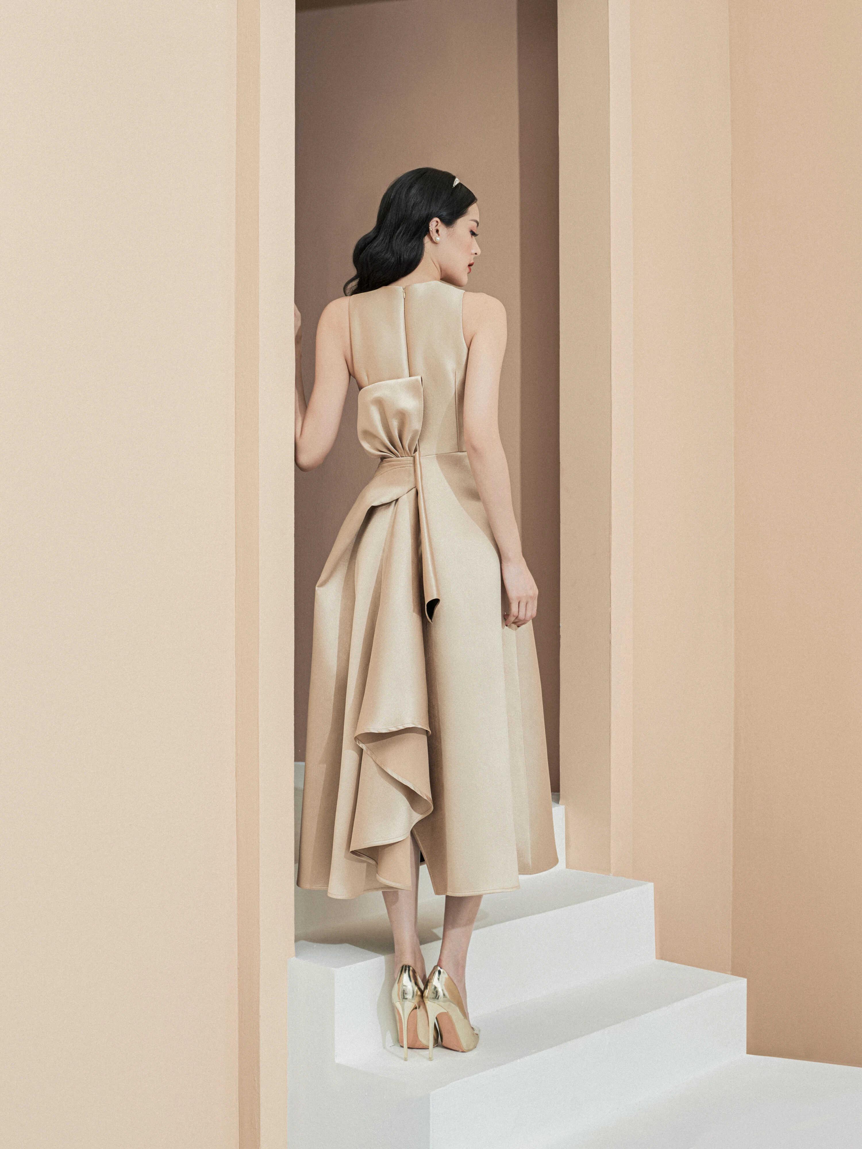 Đầm xoè dài nơ to phía sau #2812