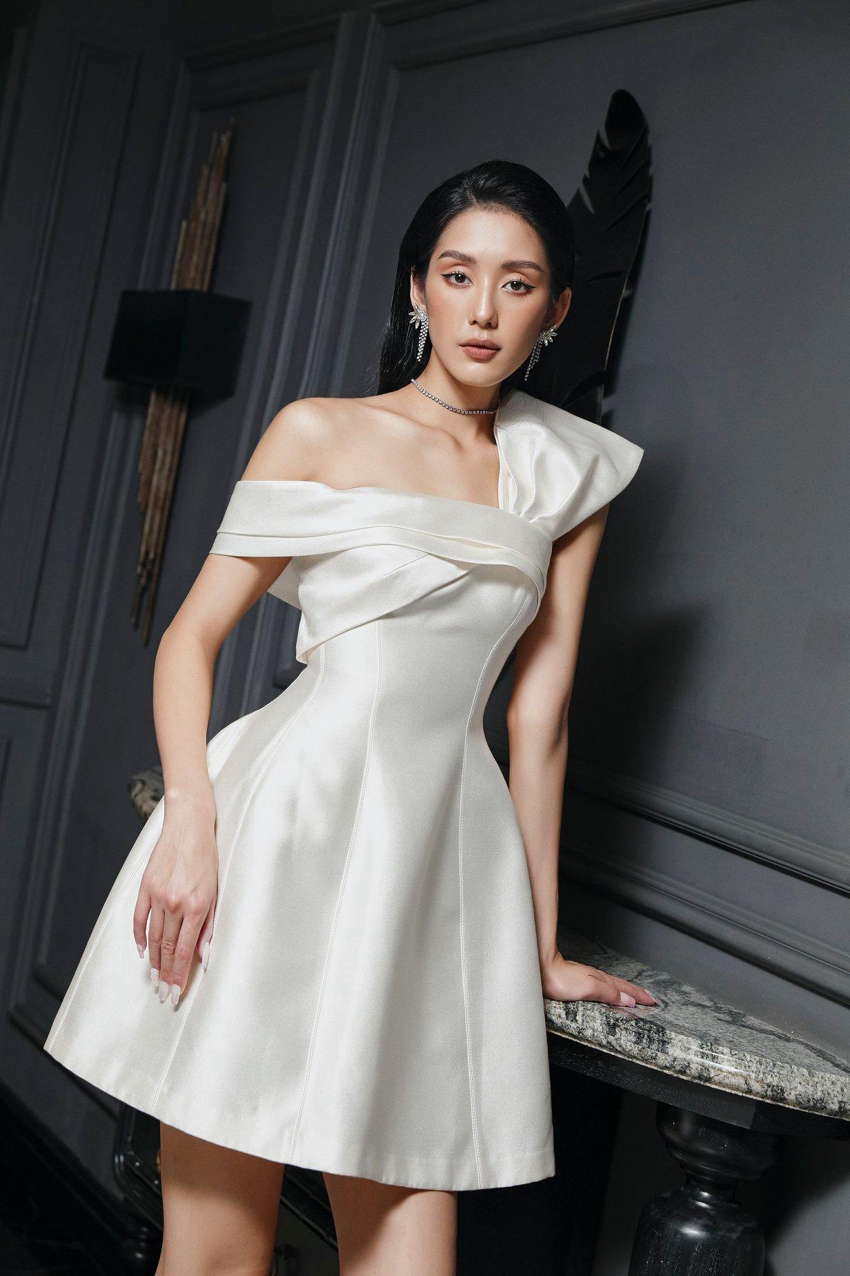 Đầm xoè vai nơ 1 bên #2824