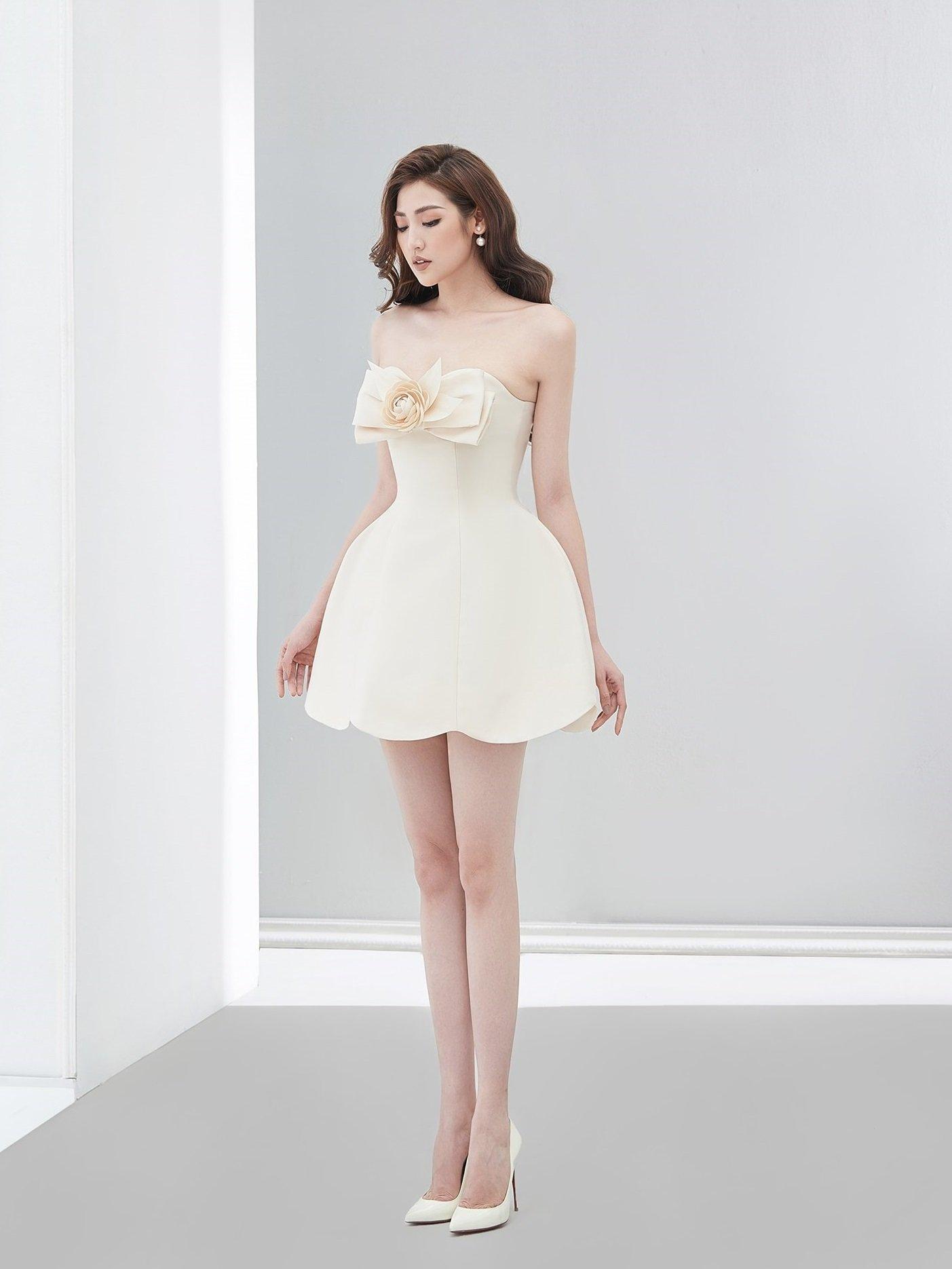 Đầm xòe ngắn 2 dây nơ ngực #2836