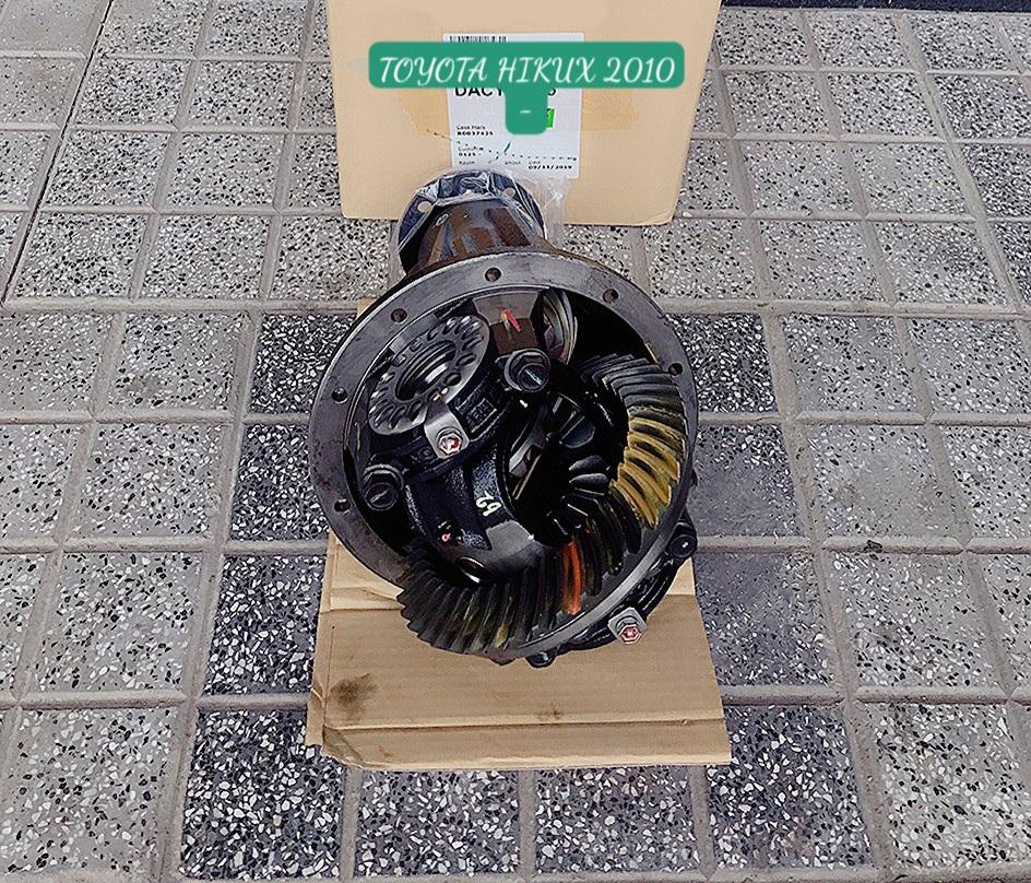 Cụm củ cầu sau vi sai xe Toyota Hilux 2008-2011