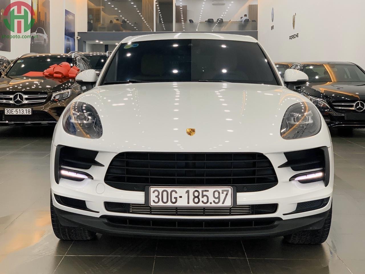 Porsche Macan model 2020