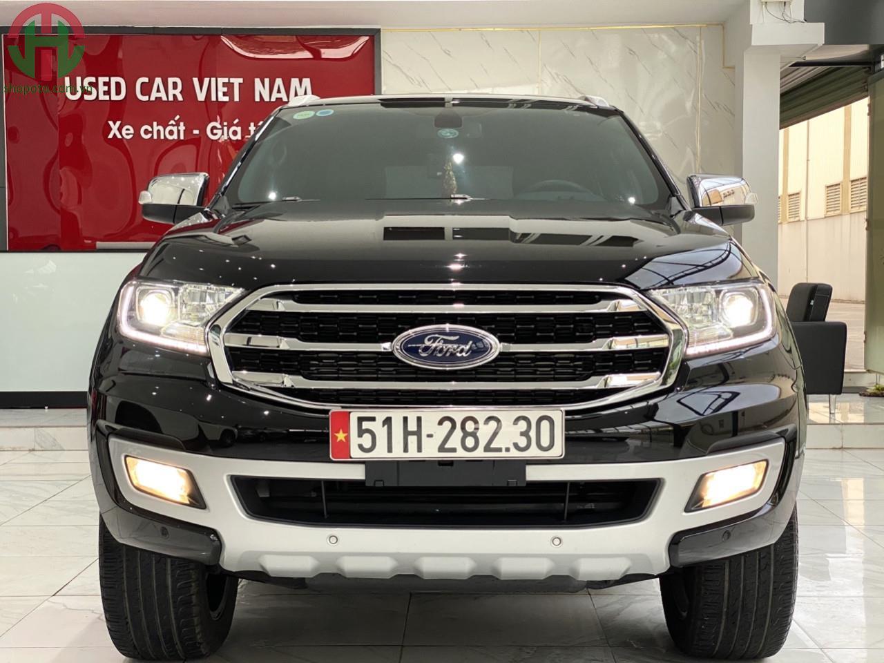 Ford Everest Titanium 2020 Màu đen