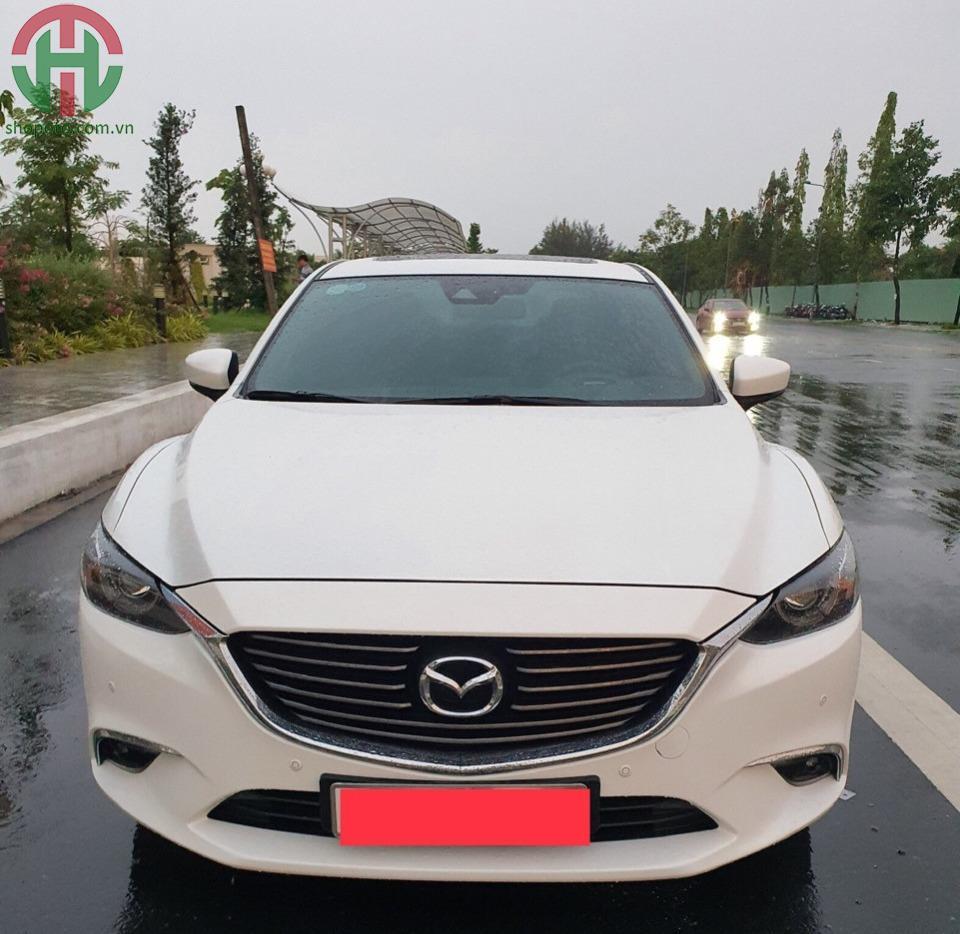 Mazda 6 2.5 L Premium 2019 màu Trắng