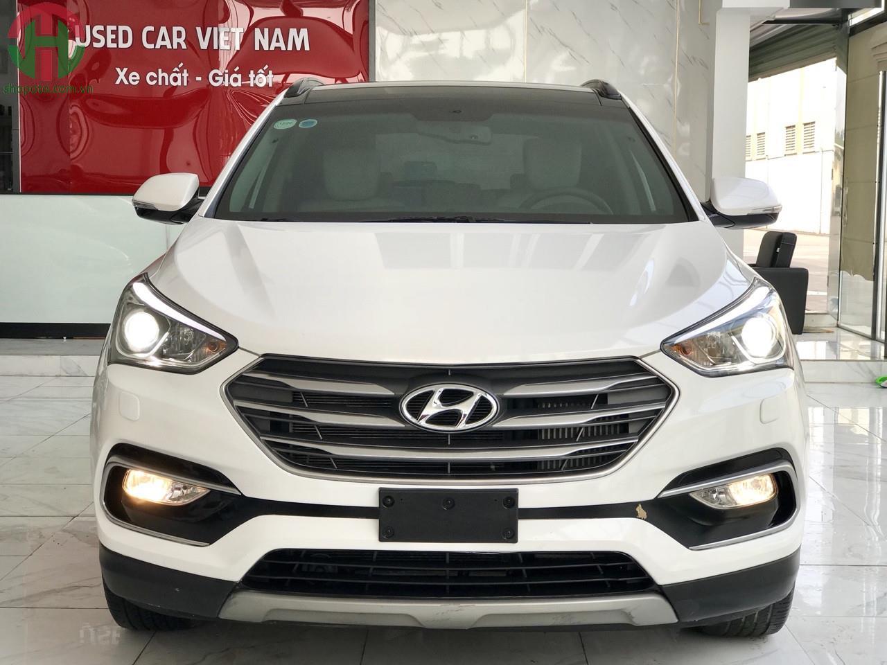 Hyundai Santafe 2.2 AT 4WD 2018 Full Dầu màu Trắng