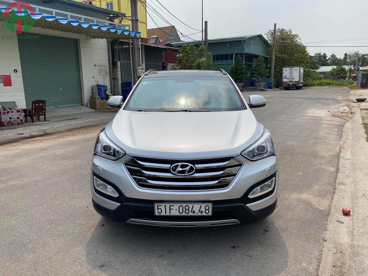 Hyundai Santafe 2.4 AT 2WD 2015 Full Xăng màu Bạc