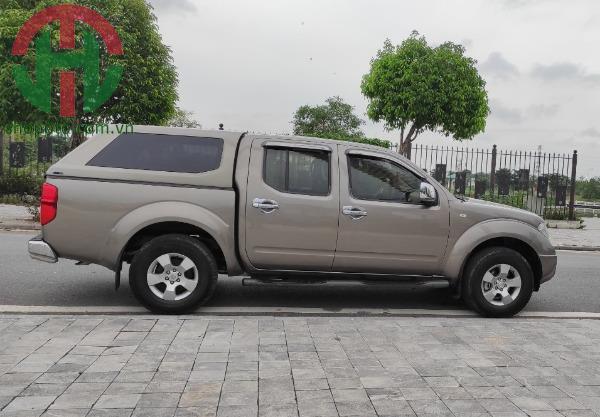 Nissan Navara 2.5 LE 2013 MT