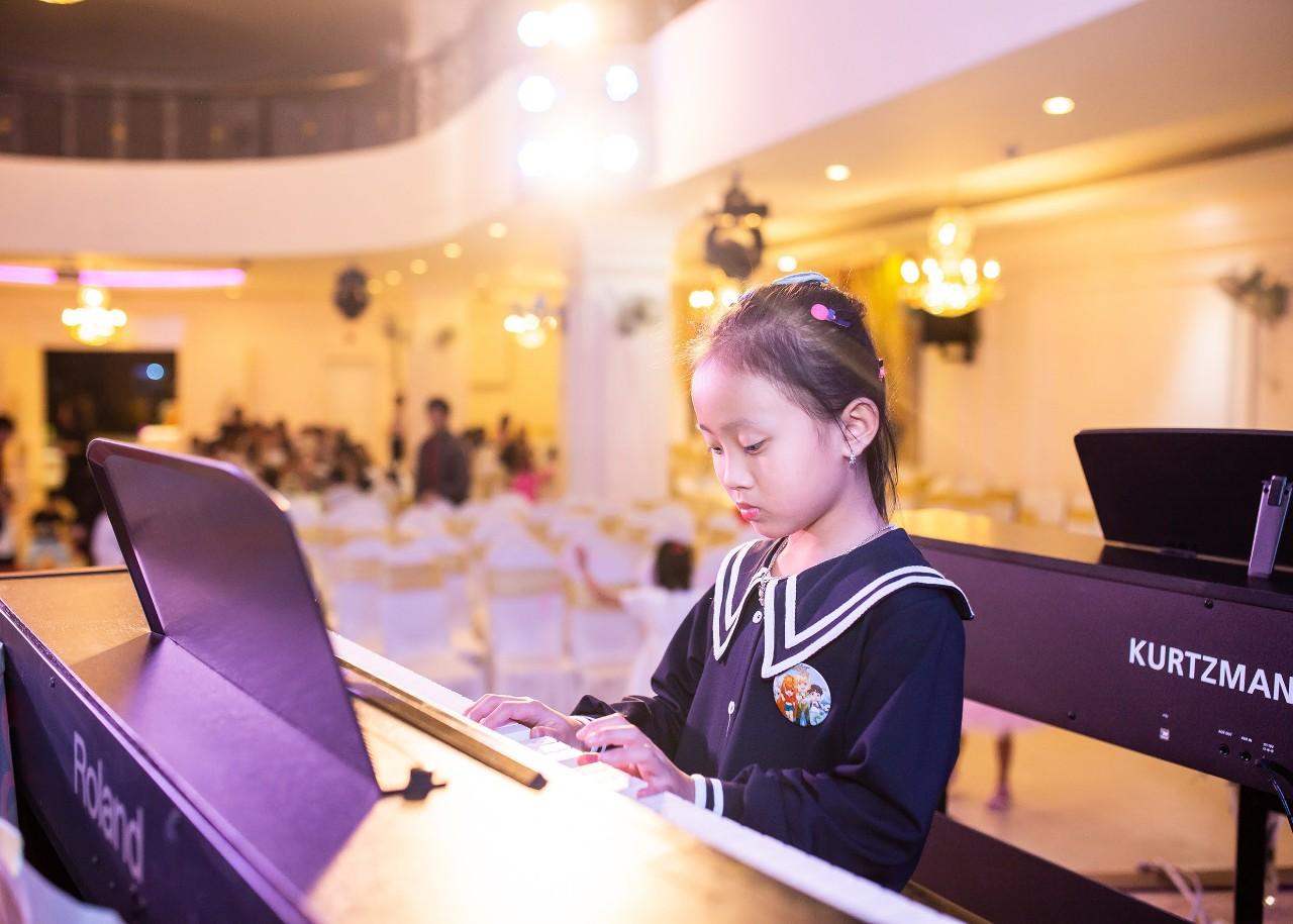 LỚP DẠY ĐÀN PIANO CƠ BẢN - NÂNG CAO