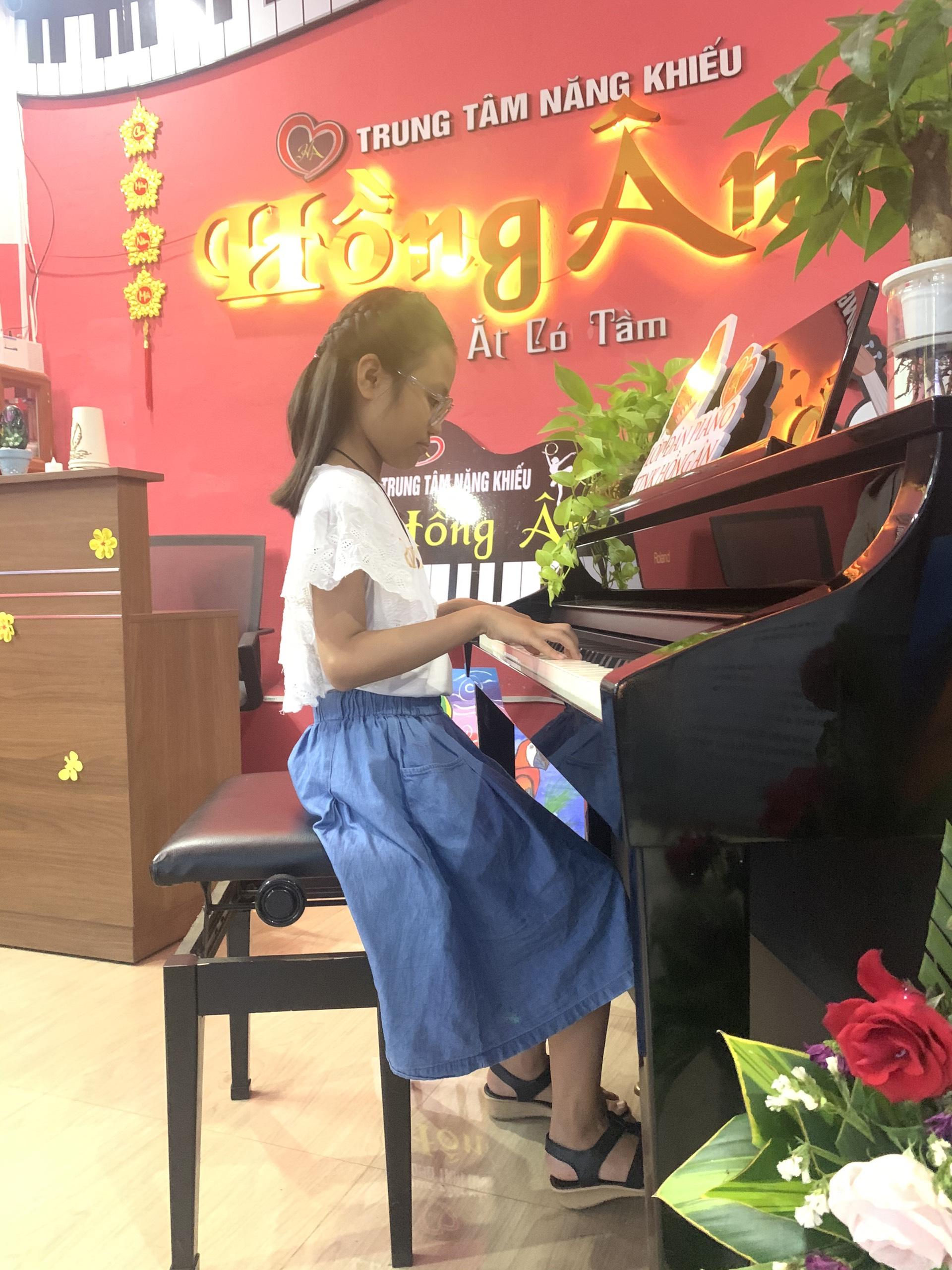 PIANO DÀNH CHO NGƯỜI LỚN